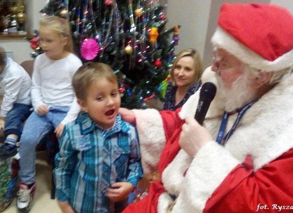 Mikołaj odwiedził dzieci z Ownic…