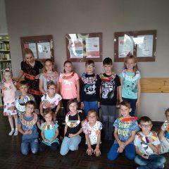 Wakacyjna biblioteka w Krzeszycach